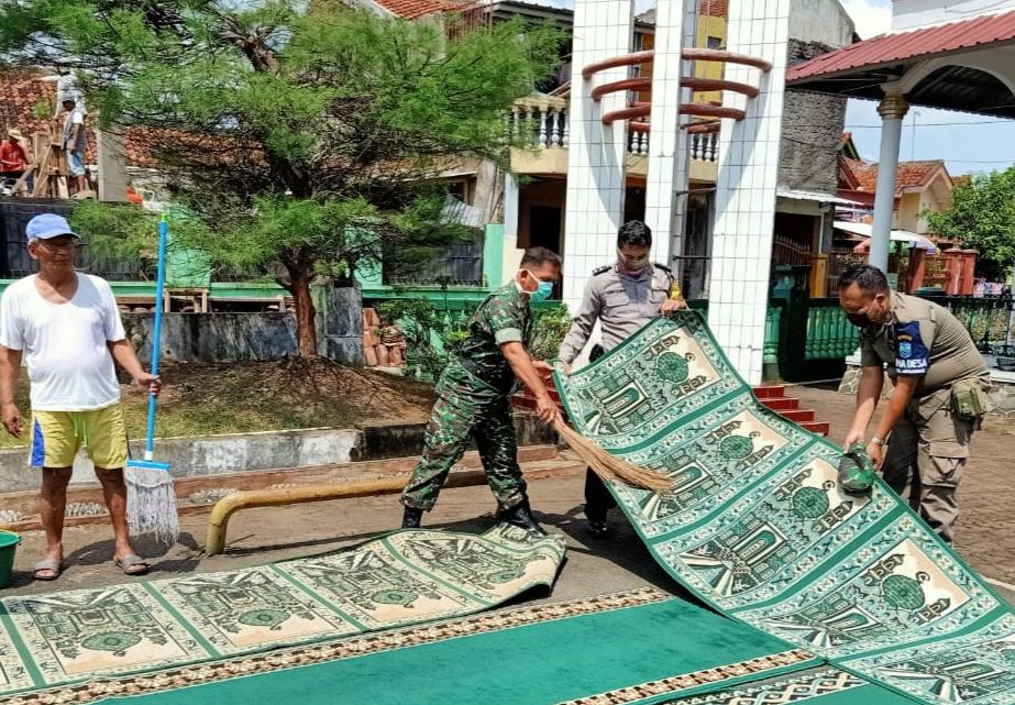 Antisipasi Virus Corona, Sejumlah Masjid di Banjar Lakukan Sterilisasi