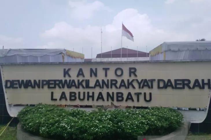 DPRD Dan Pemkab Labuhanbatu, Diduga Tak Seirama Hadapi Wabah Virus Corona