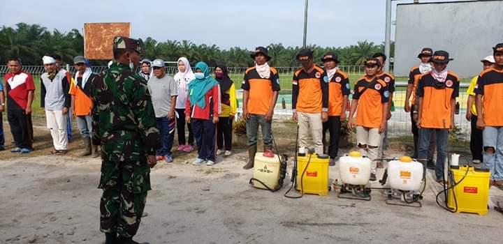 Pemerintah Desa Kampung Bilah Labuhanbatu, Semprot Disinfektan ke Rumah Ibadah