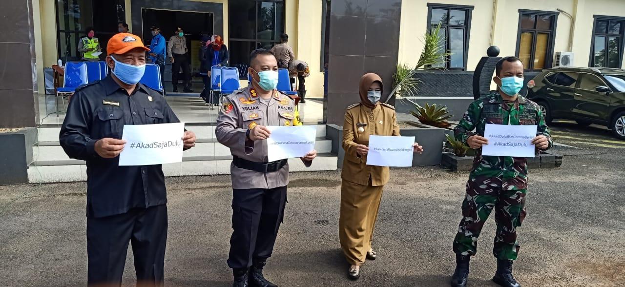 Walikota Banjar, Semprot Disinfektan di Jalan Protokol dan Siap Karantina Wilayah