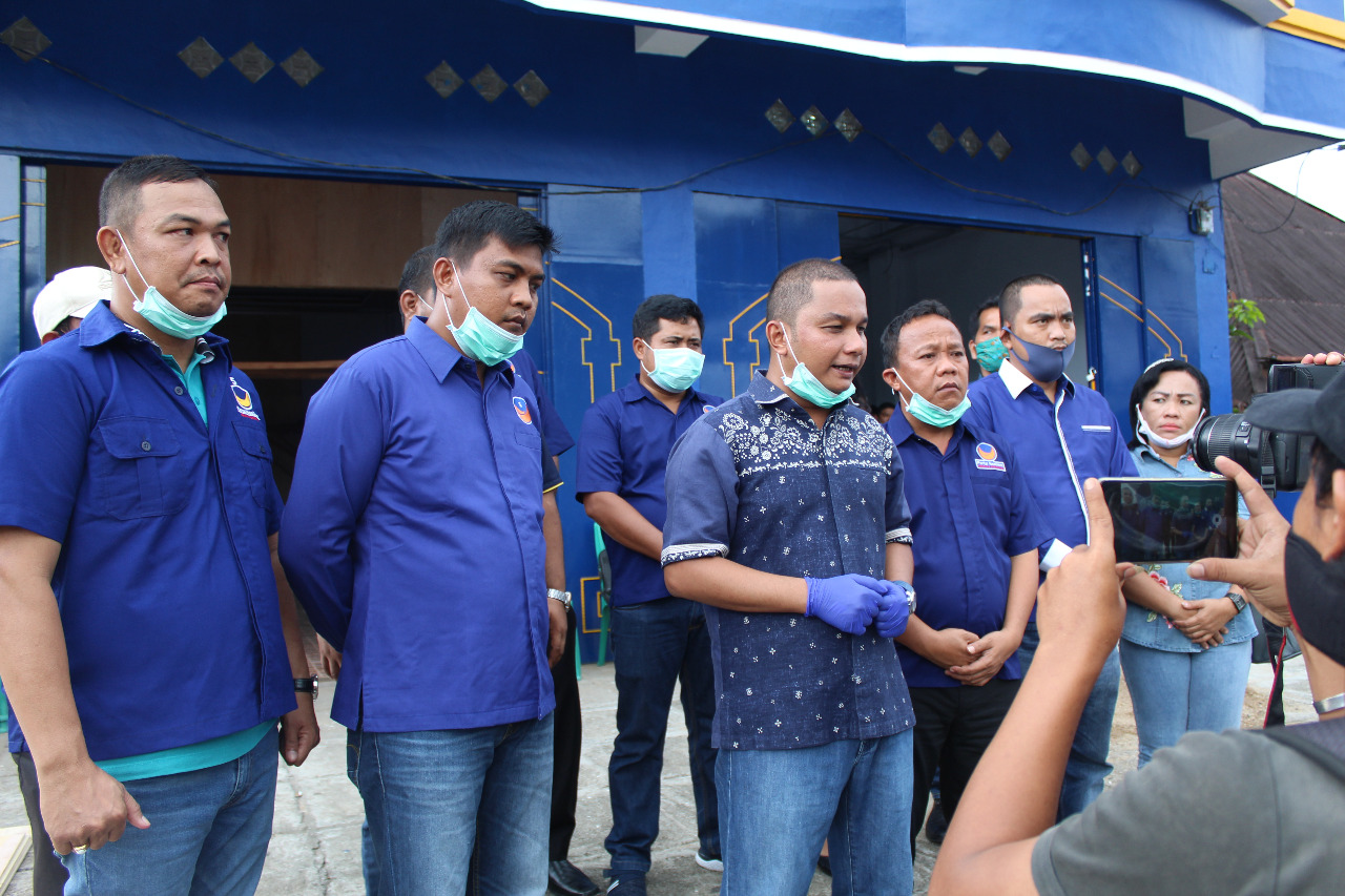 Nasdem Salurkan 3.000 Karung Beras Untuk Masyarakat Terdampak Corona