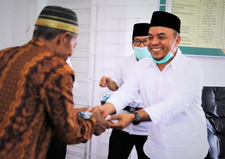 BAZNAS Labuhanbatu, Salurkan Zakat untuk 11 Masjid dan 4 Musala