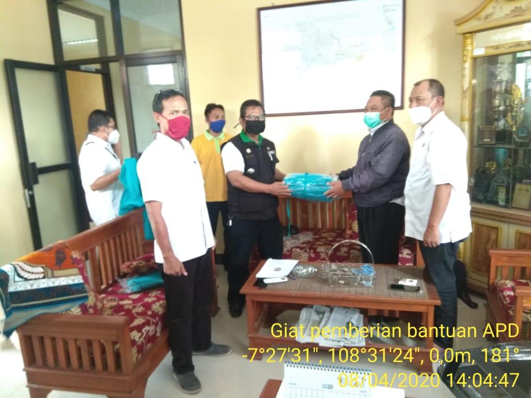 APDESI Pamarican, Salurkan Bantuan APD kepada Puskesmas Kertahayu dan Pamarican