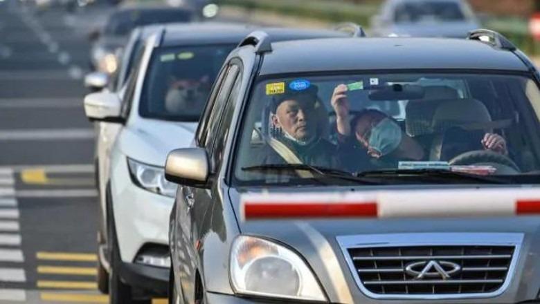 Pemerintah China Beri Uang ke Warganya untuk Beli Mobil
