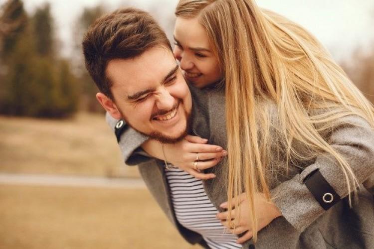Ingin Hubungan Anda Bahagia Bertahan Lama, Ini Tipsnya
