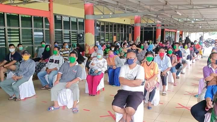 Masyarakat Sangat Antusias, Pasar Murah di Lanud Soewondo Tertib dan Lancar
