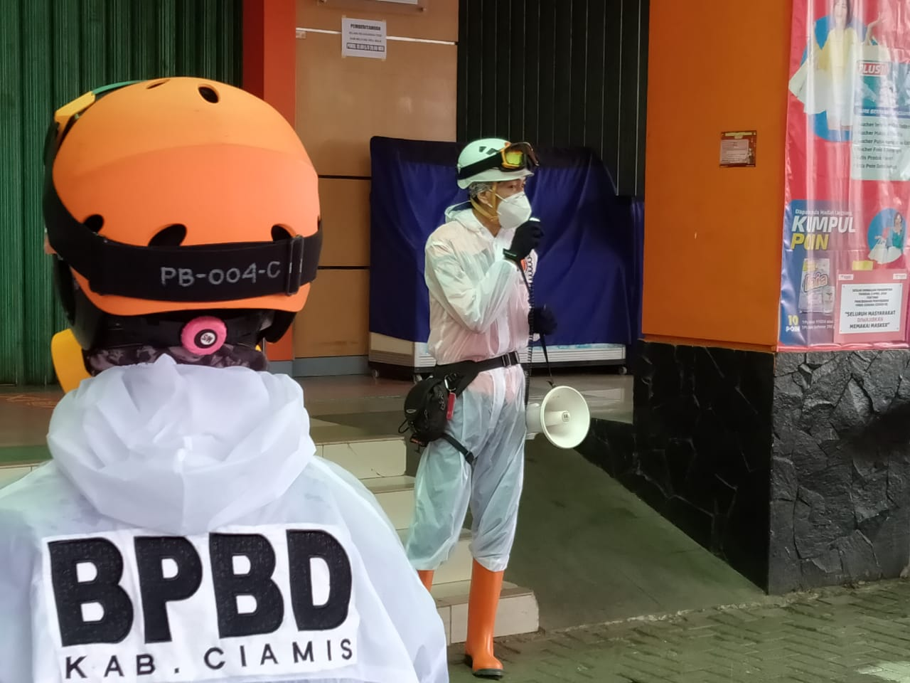 Pusat Perbelanjaan Toserba Yogya Ciamis, Semprot Disinfektan