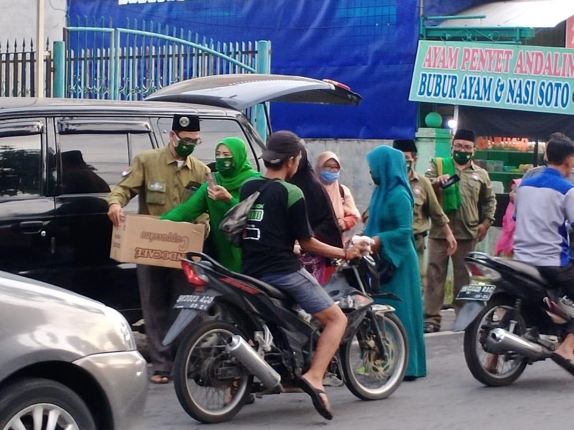 Pejuang Islam Nusantara Sumatera Utara, Berbagi Masker dan Takjil