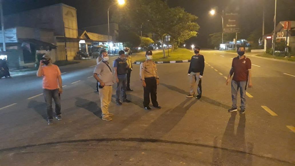Polsek Batang Kuis, Patroli Asmara Subuh Antisipasi Penyebaran Corona