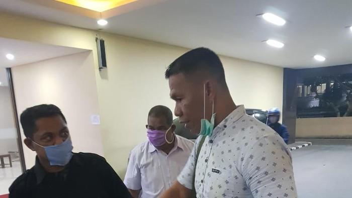 Ruslan Buton, Resmi Ditetapkan sebagai Tersangka dan Ditahan di Bareskrim Polri
