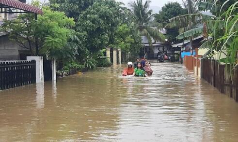 Banjir di Aceh, Pasien Corona Ngungsi dari RS