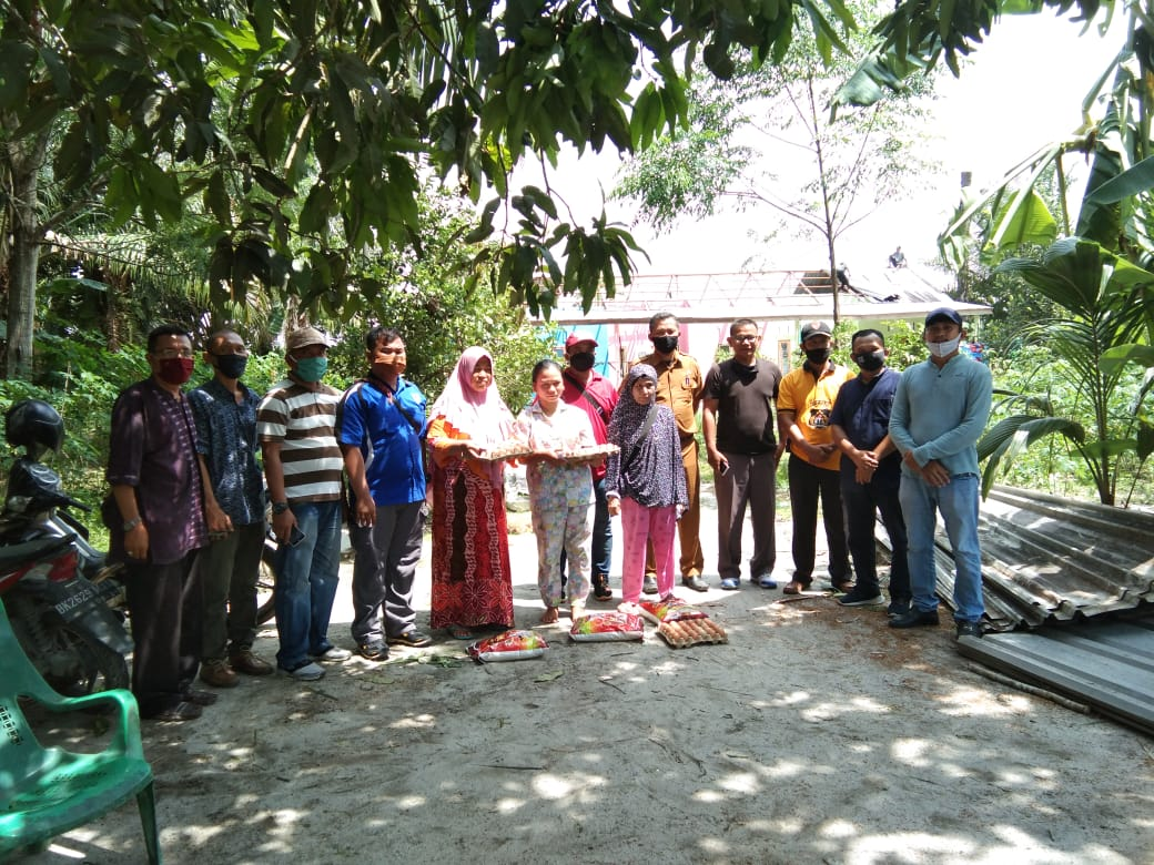 WUPDS Salurkan Bantuan Sembako dan Talih Asih kepada Korban Puting Beliung