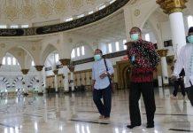 Merasa Difitnah Pakai Sepatu di Masjid, Ini Klarifikasi Gubernur Kalbar