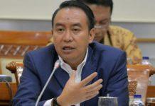 Diskusi Pemecatan Presiden oleh UGM, Komisi III Minta Polri Serius dan Transparan Usut Teror
