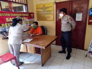 Sat Tahti Polresta Deli Serdang Rutin Lakukan Pemeriksaan Kesehatan Tahanan