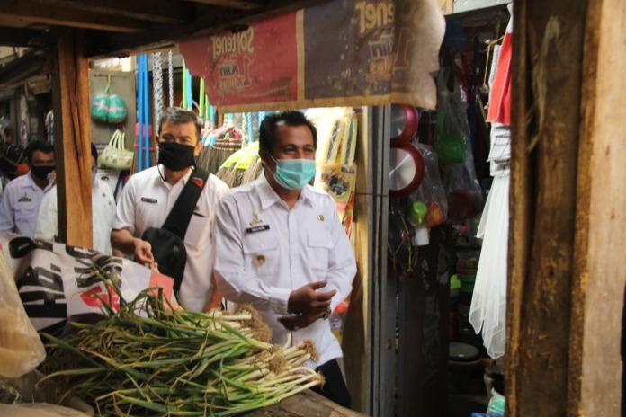 Wakil Bupati Ciamis, Sambangi Pasar Panjalu dan Panumbangan
