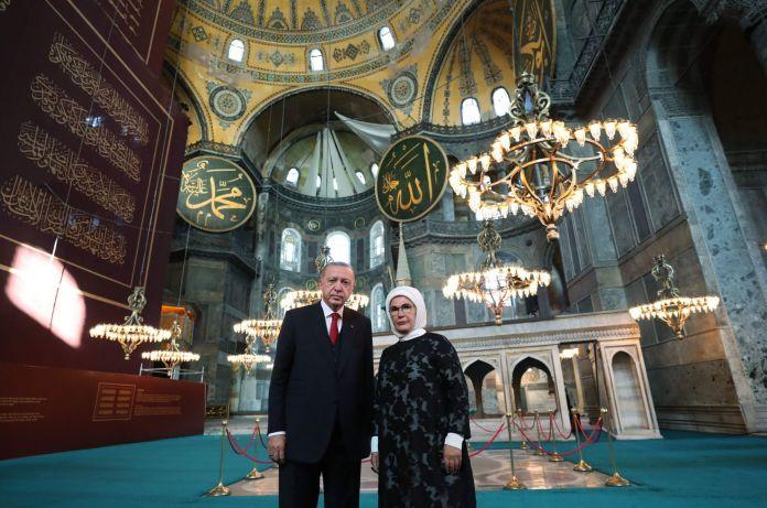 Erdogan Sholat Jum'at Perdana di Hagia Sophia Hari Ini