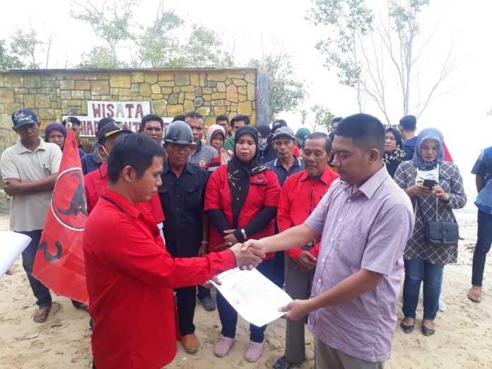 Pelantikan Pengurus Ranting PDI Perjuangan se-Kecamatan Pangkalan Susu, Disahkan Ahmad Muhajir