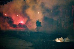 Fans PSG dilempar gas air mata kala rusuh pasca PSG kalah di Final UCL