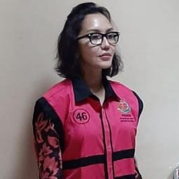 Jaksa Pinangki, Akhirnya Berompi Tahanan Pink Kejagung