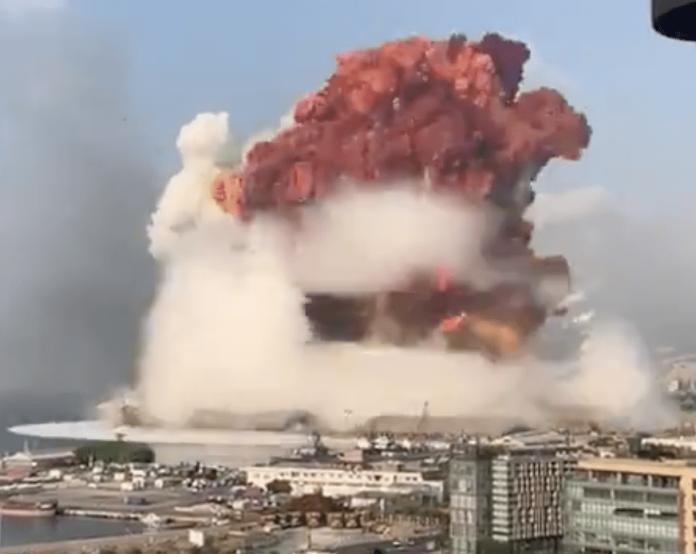 Menteri Libanon Ungkap Penyebab Ledakan Besar di Beirut