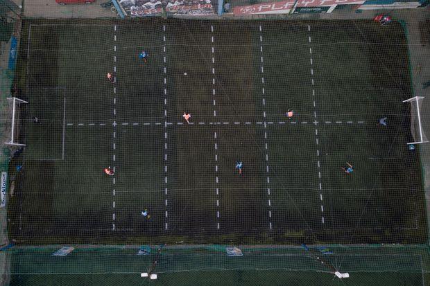 Sepakbola Dengan Sosdis di Era Pandemi Ditemukan, Begini Cara Mainnya