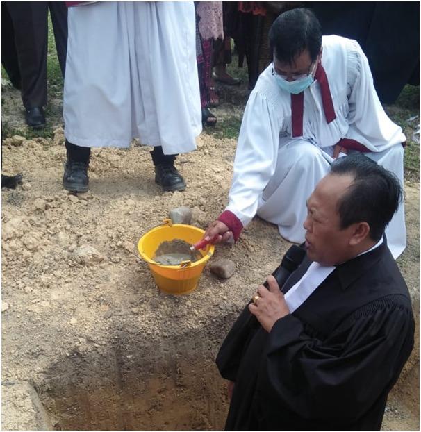 Pembangunan Gereja HKBP Setingkai Lipat Kain Kampar