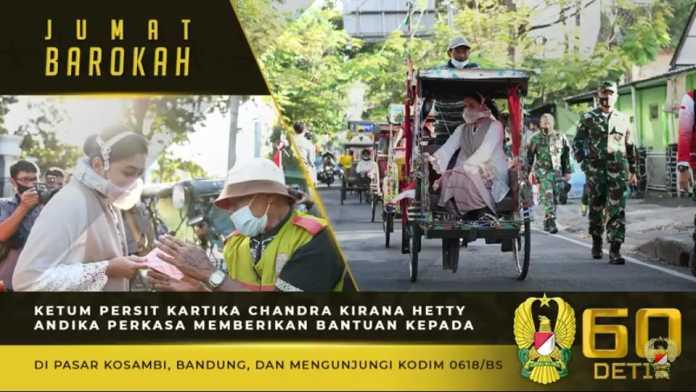 Ketum Persit KCK, Berikan Bantuan kepada Tukang Becak di Pasar Kosambi Bandung