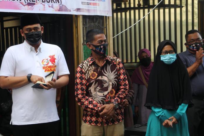 Anak Pedagang Kelapa Lulus Cumlaude, Bobby Nasution Selamat Atas Wisuda