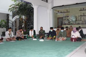 Hari Santri Nasional, Bupati Ciamis Hadiri Penutupan Ziarah Waliyullah Muassis NU (2)