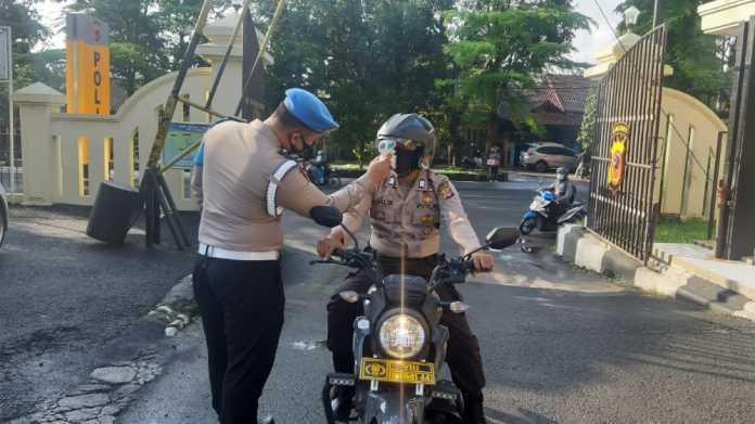 Polres Banjar, Gencarkan Sosialisasi serta Imbauan 3M dan 1T