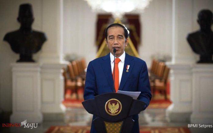 Jokowi menyatakan Indonesia mengecam keras pernyataan Presiden Prancis Emmanuel Macron yang dinilai telah menghina Islam.