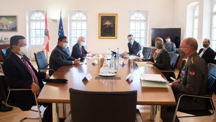 Menhan Prabowo Bahas Kerja Sama Pertahanan RI-Austria