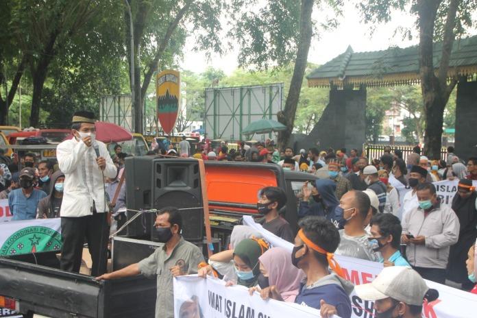 Aksi di Gedung DPRD Sumut, Ustaz Martono Sebut Kehadiran Habib Rizieq Buat Gejolak