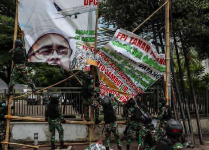 Kyai Nahdhlatul Ulama Dukung TNI dan Polri Copot Spanduk Habib Rizieq