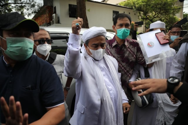 Habib Rizieq Datangi Polda Metro Jaya, Polisi: Dia Serahkan Diri Takut Ditangkap