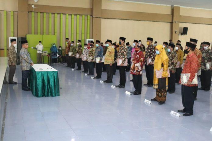 Rektor UIN-SU Lantik Wakil Dekan, Wakil Direktur, Ketua Lembaga dan Kepala Unit Pelaksana Teknis