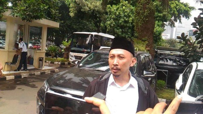 Susi Pudjiastuti Ajak Netizen Unfollow Abu Janda