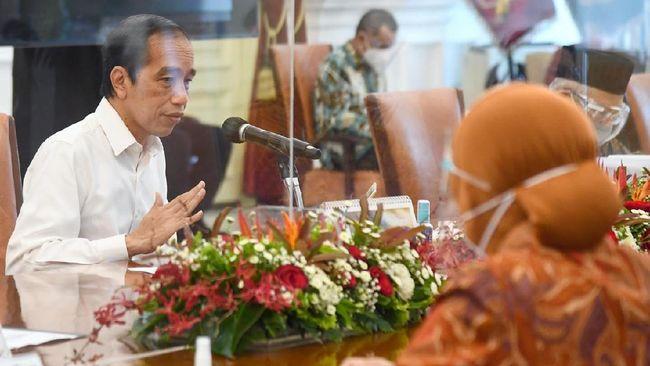 Jokowi Perintahkan Gubernur Kawal Bansos