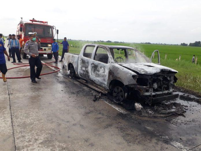 Mobil Dinas BPPRD Terbakar