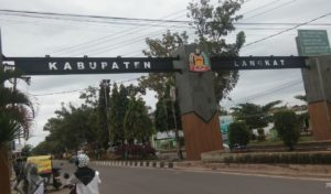Anggota DPRD Langkat Seharusnya Pemkab Tidak Menghilang Ornamen Melayu di Simpang Bupati