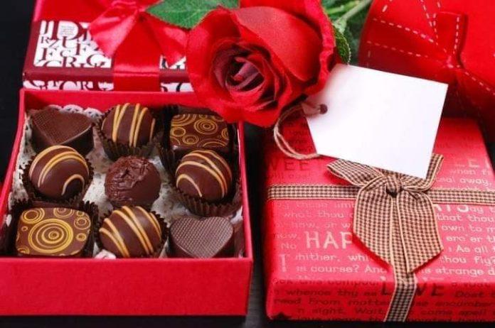 Valentine: Maksiat Dalam Sepotong Coklat