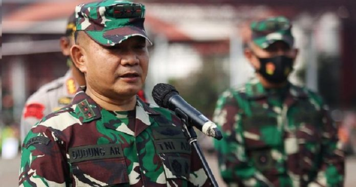 Pangdam Jaya: Masyarakat Terbantu karena TNI-Polri Terlibat Atasi COVID-19