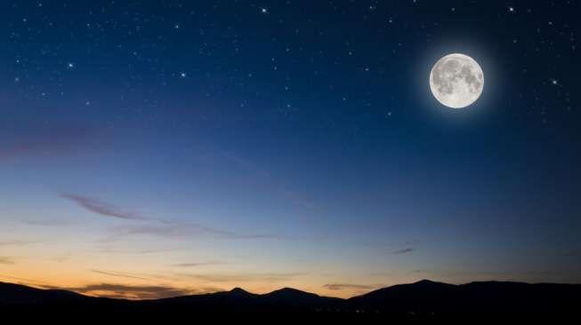 Di Keheningan Malam