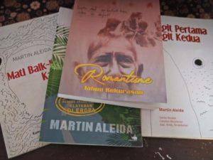 Martin Almeida, Sastra Kiri dan Koran DKI