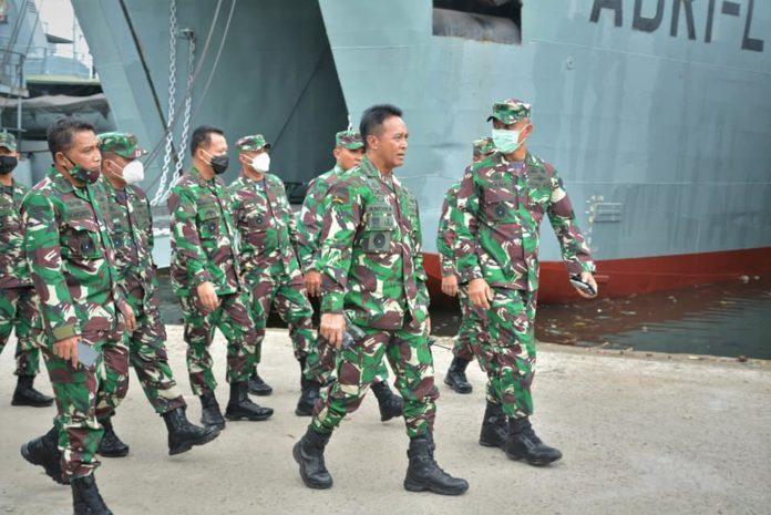 KASAD Andika Perkasa, Melepas Keberangkatan Satgas Penanggulangan Bencana Alam TNI AD ke NTT