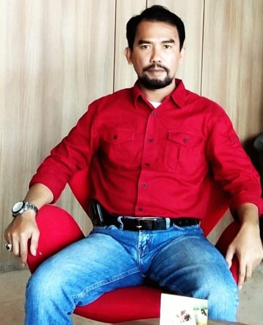 Menjawab Kuda Troya Aznil Tan