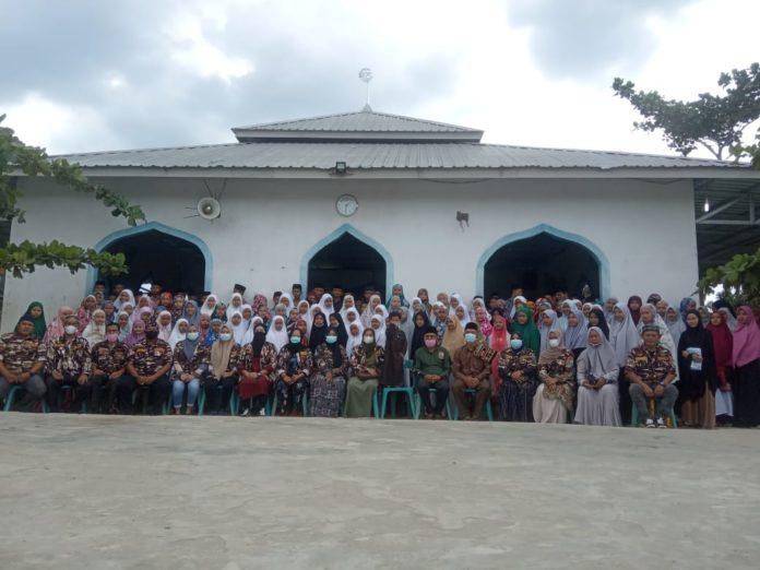 Hardiknas 2021, Wanita FKPPI Langkat Menyapa Santri Ponpes Hujjatturahmah
